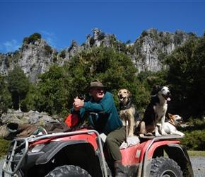 Farmer Graeme and his sheep dogs at Denize Bluffs
